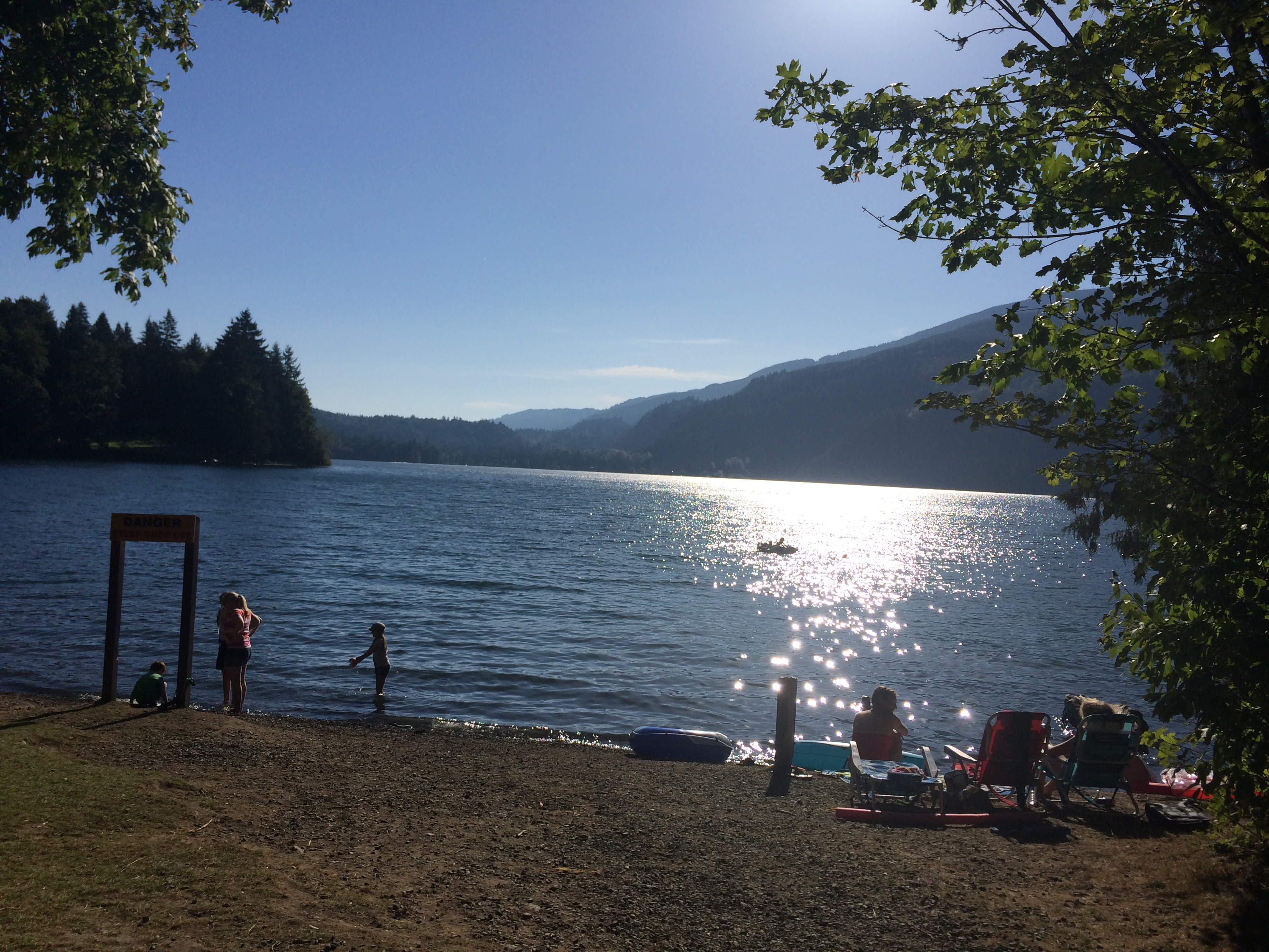 Cultus lake provincial campground chilliwack bc camp for Lakes in bc with cabins