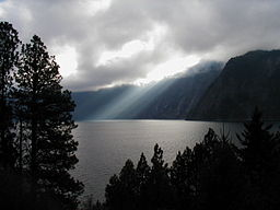 Lake Pend Oreille photo from Wikipedia